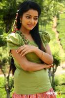 Janani Iyer in Balloon (4)