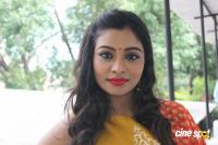 Anisha Xavier at Pichuva Kaththi Team Interview (13)