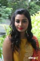 Anisha Xavier at Pichuva Kaththi Team Interview (3)