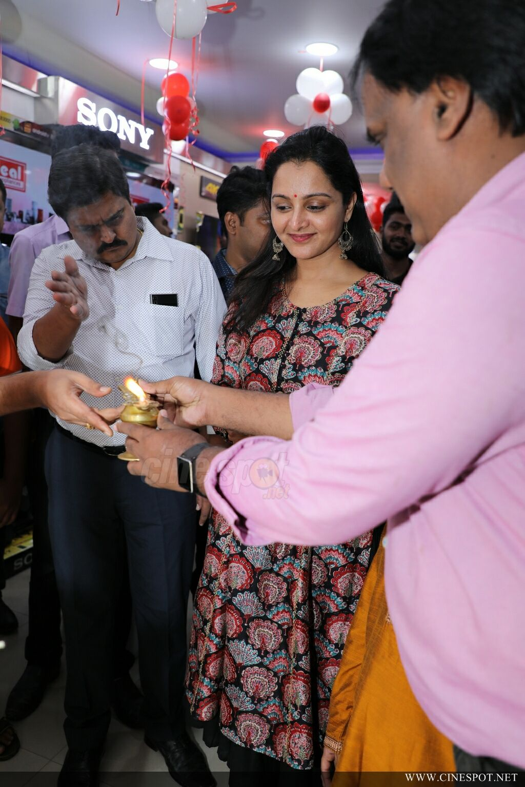 Manju Warrier At Sony Showroom Inauguration (13)