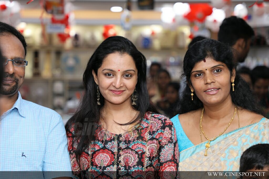 Manju Warrier At Sony Showroom Inauguration (19)