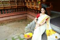 Actress Aavaana Wishing You All Happy Onam Photos (5)