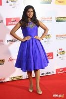 Eesha Rebba at Mirchi Music Awards 2017 (1)