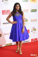 Eesha Rebba at Mirchi Music Awards 2017 (2)