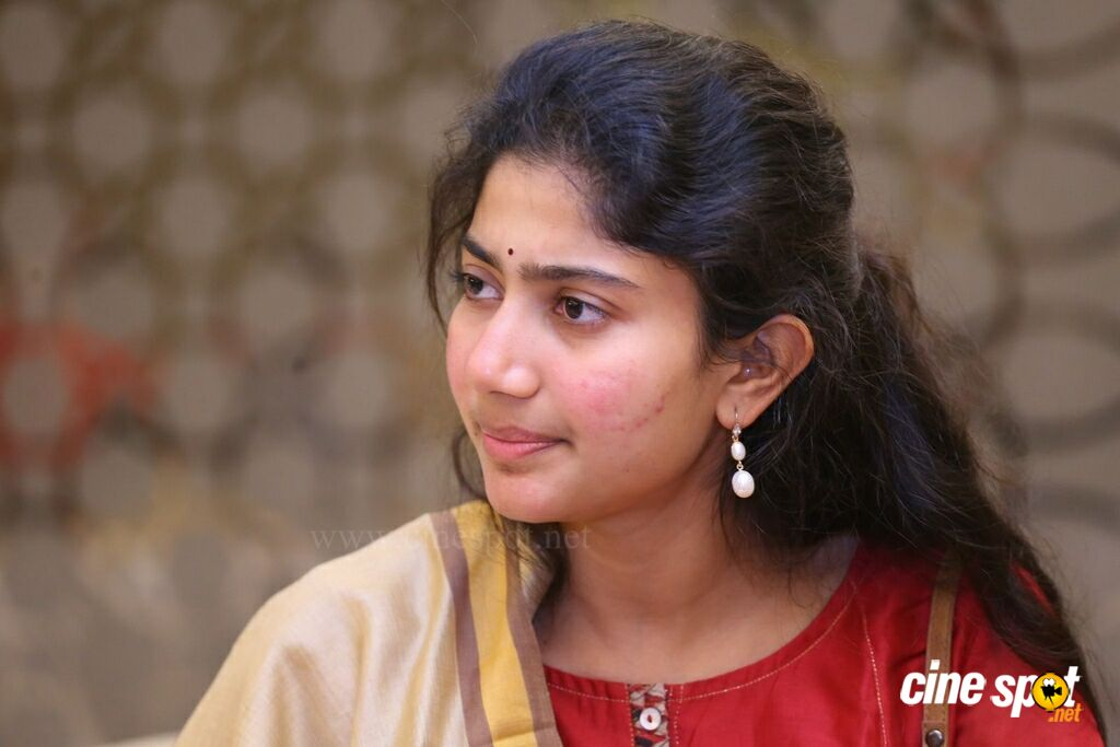 Sai Pallavi at Fidaa 50 Days Celebrations (12)