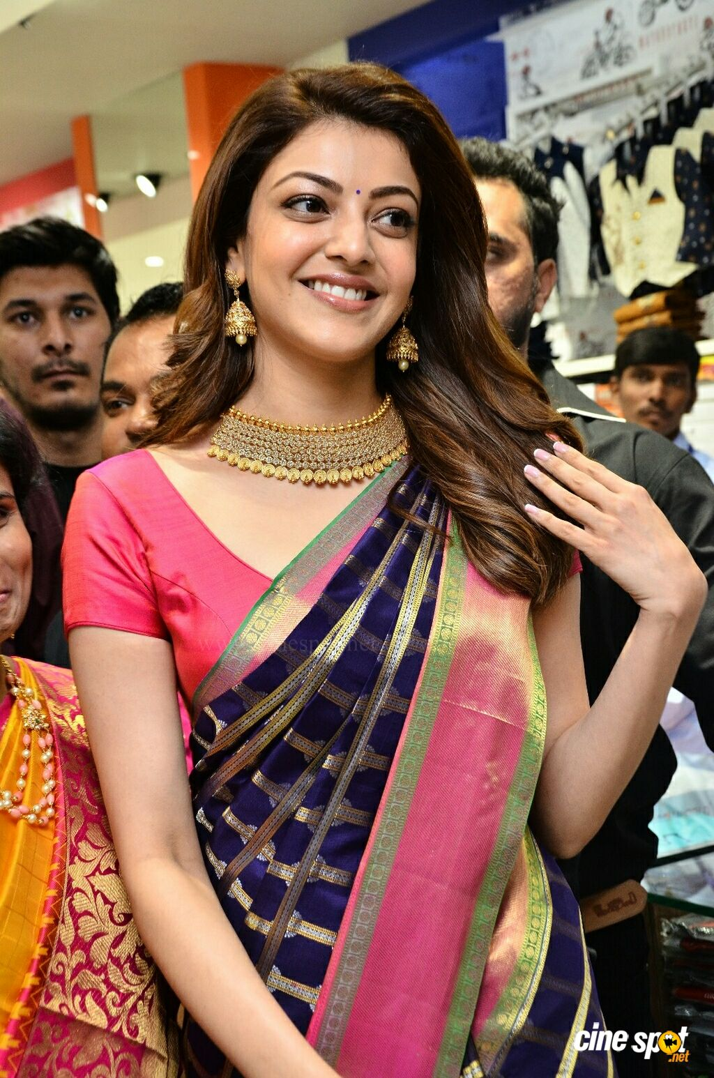 Kajal Aggarwal at Chennai Shopping Mall Opening (2)