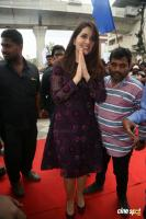 Raashi Khanna Launches Big C Mobile Store (1)
