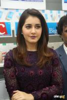 Raashi Khanna Launches Big C Mobile Store (12)