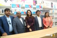Raashi Khanna Launches Big C Mobile Store (19)