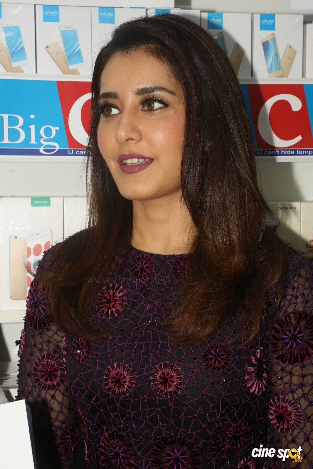 Raashi Khanna Launches Big C Mobile Store (29)