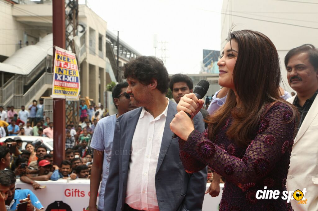 Raashi Khanna Launches Big C Mobile Store (42)