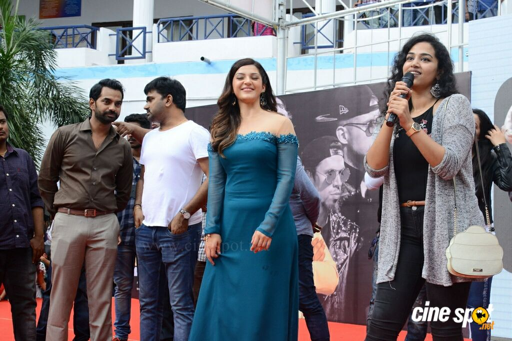 Mahanubhavudu 2nd Song Launch (40)