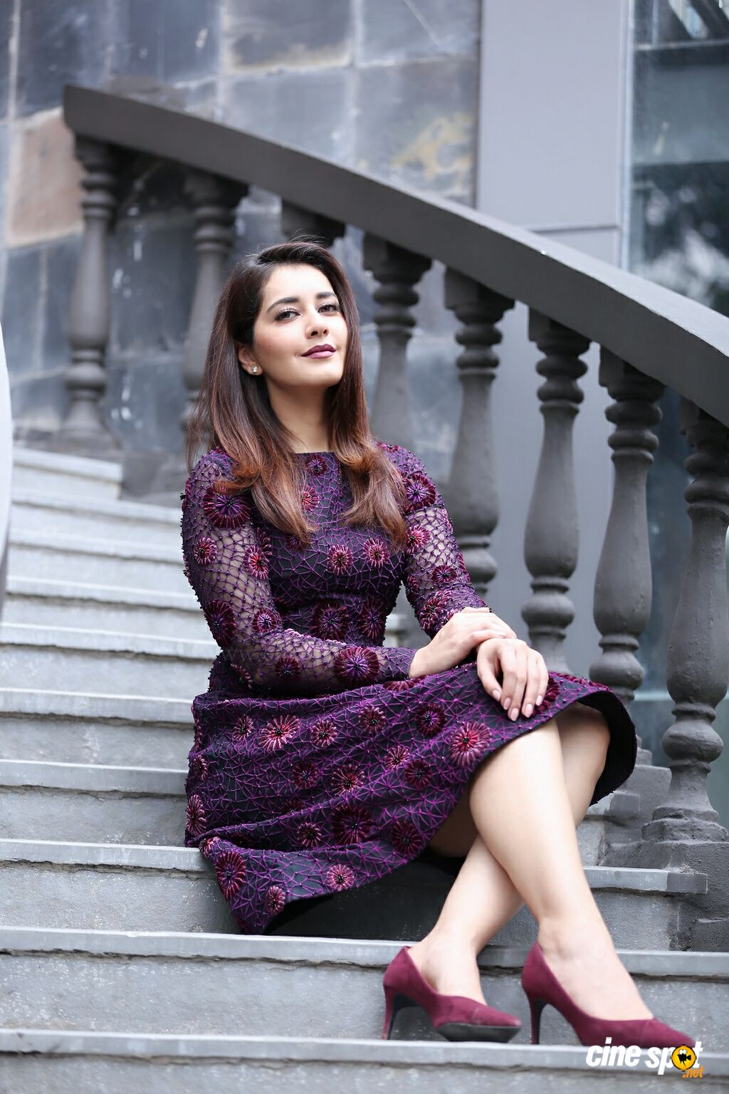 Actress Raashi Khanna Latest Pictures (6)