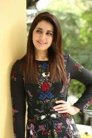 Raashi Khanna Interview Photos (26)