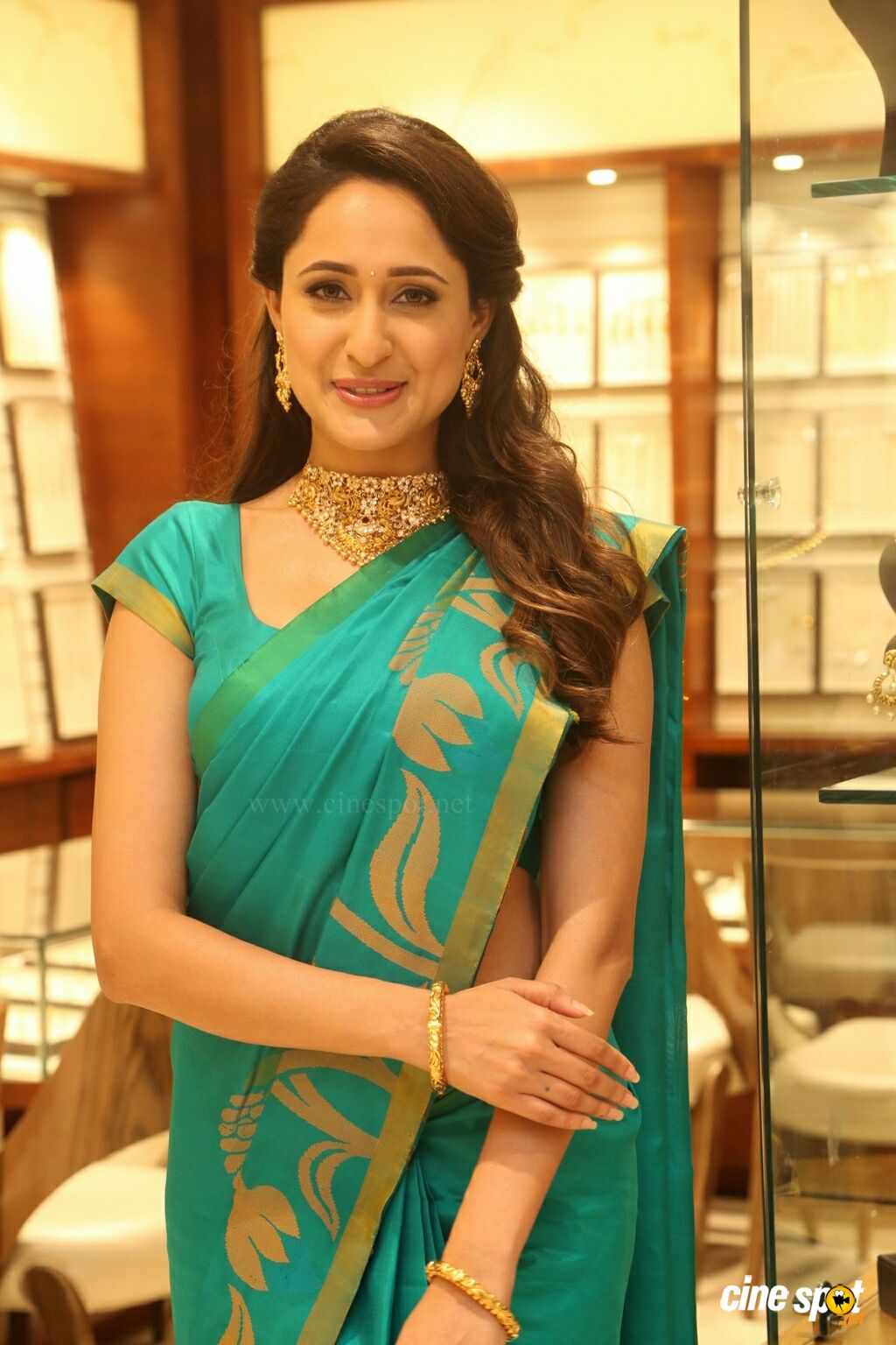 Pragya Jaiswal Latest Gallery (20)