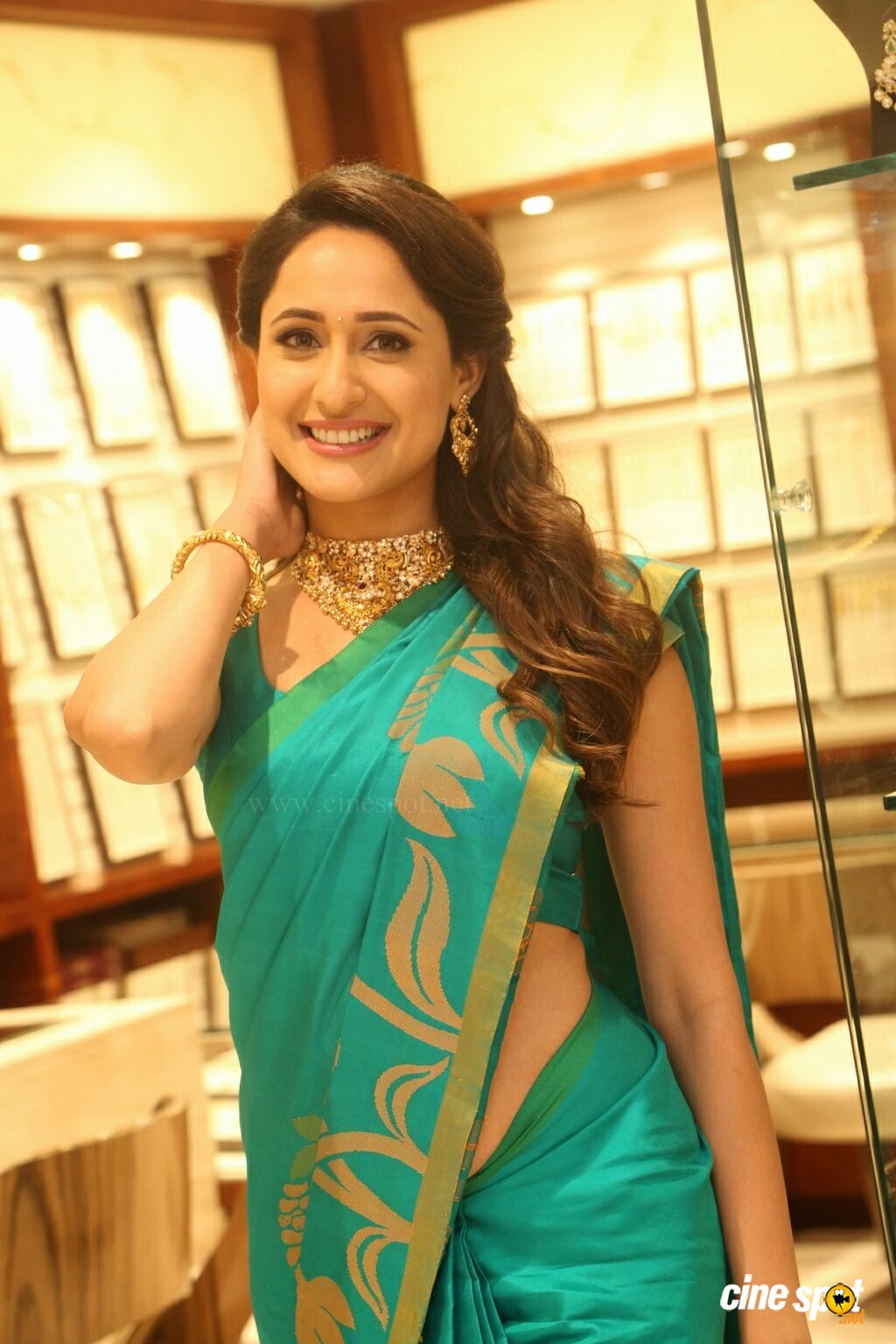 Pragya Jaiswal Latest Gallery (22)