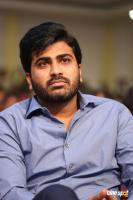 Sharwanand at Mahanubhavudu Pre Release Event (6)