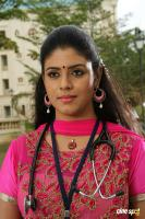 Pottu Actress Iniya (1)