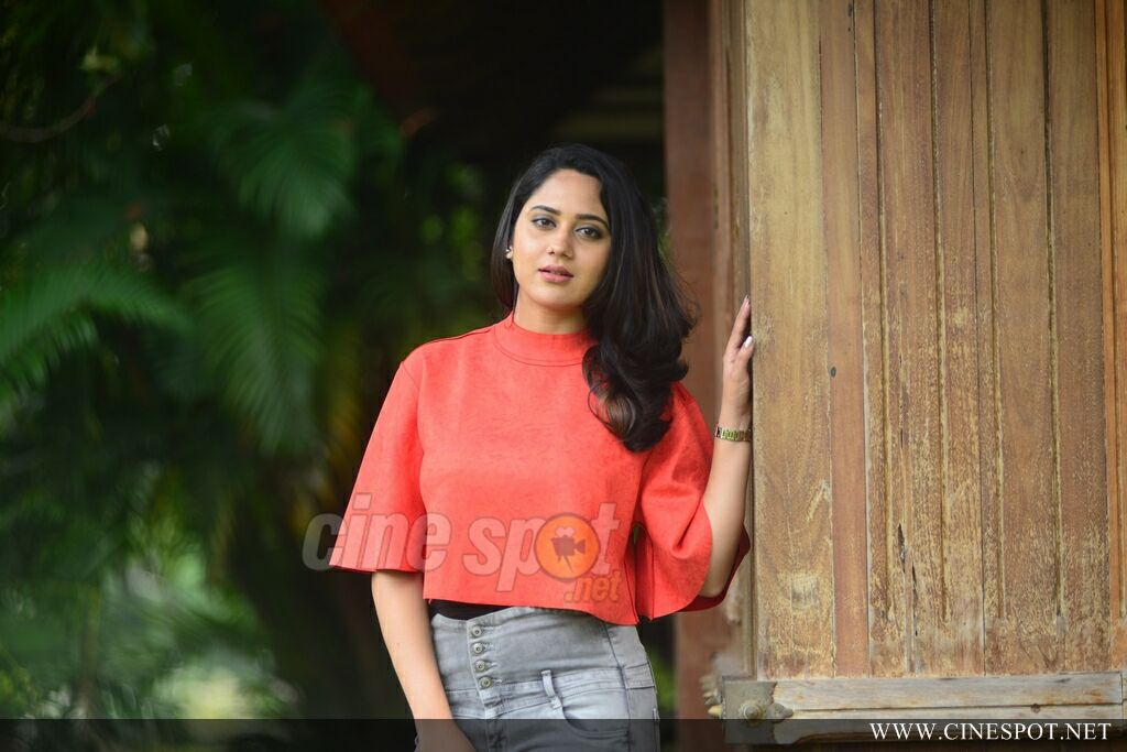 Miya George at Sherlock Toms Movie Promo Meet (9)