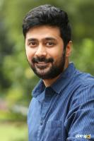 Rahul Ravindran at Howrah Bridge Teaser Launch (1)