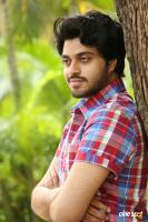 Gulf Hero Chetan Interview Photos (5)