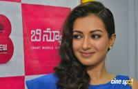 Catherine Tresa at B New Mobile Store Launch (1)