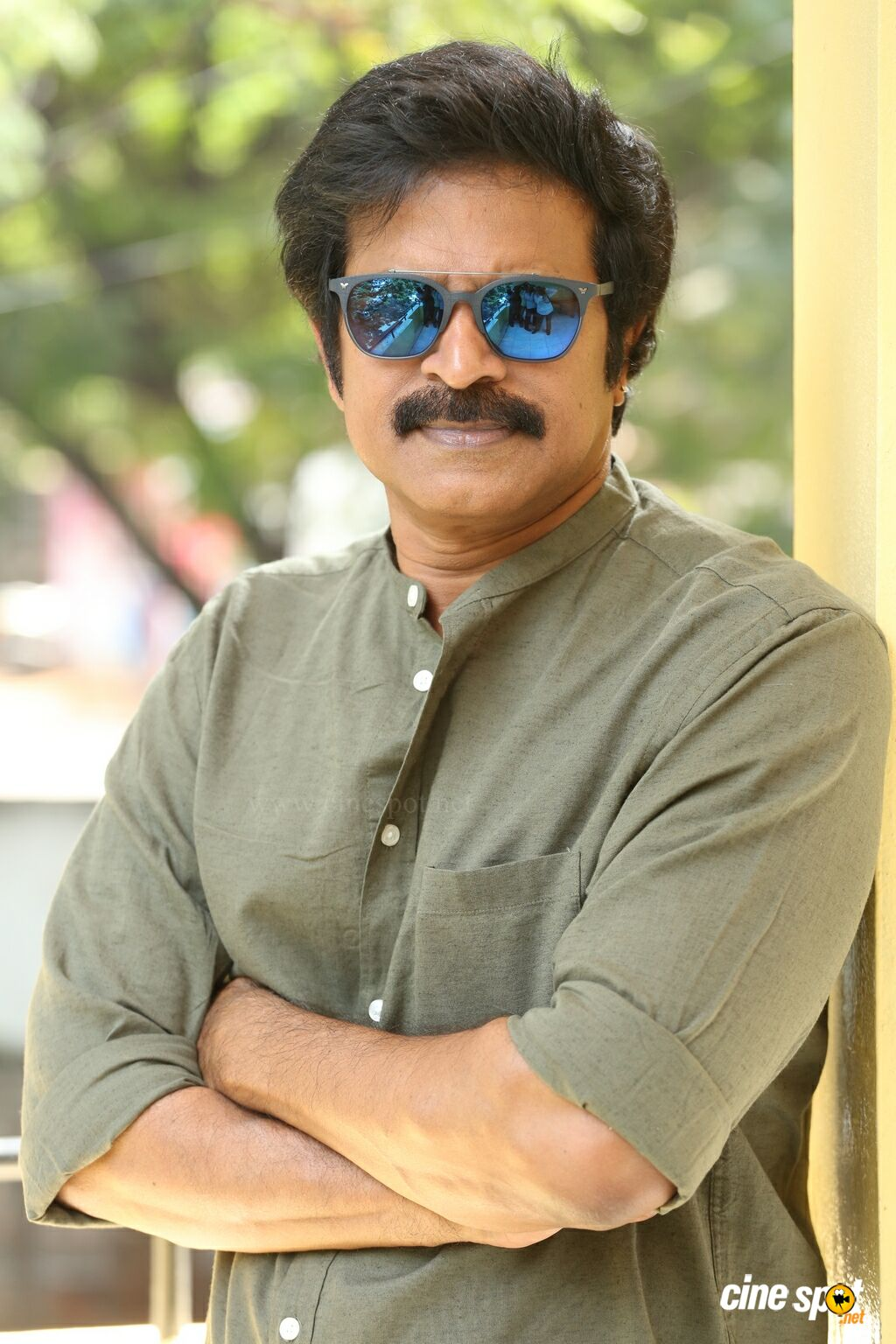 Brahmaji Interview Photos About Next Nuvve (18)