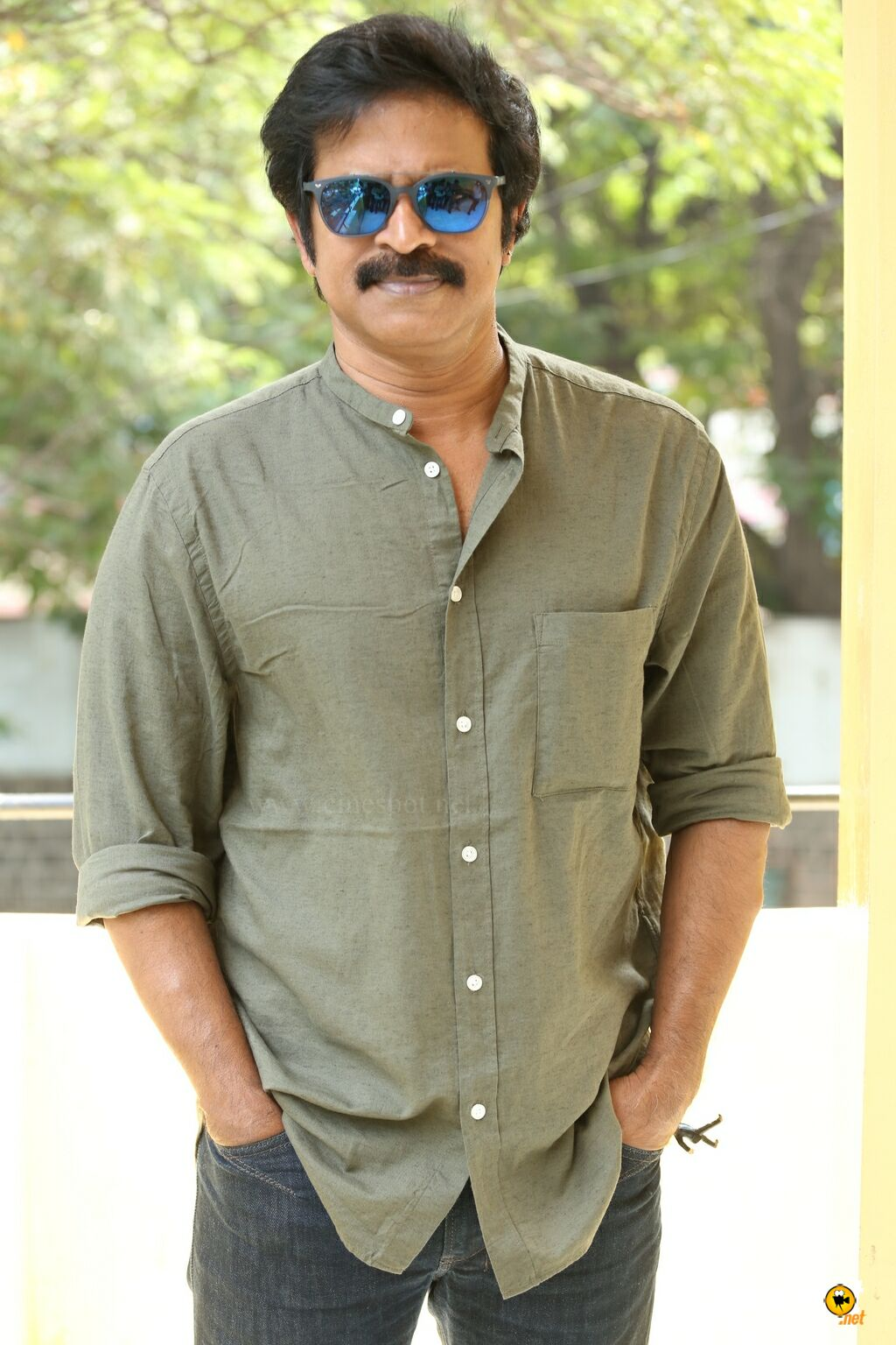 Brahmaji Interview Photos About Next Nuvve (23)