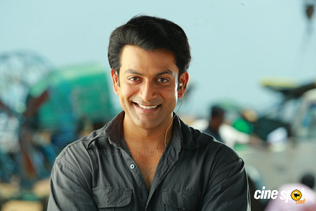 Vimaanam Photos (7)
