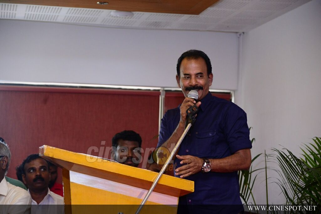 Chalakkudikkaran Changathi Movie Pooja (58)