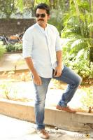 Karthi Khakee Interview Photos (18)