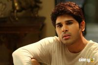 Allu Sirish in Okka Kshanam (2)