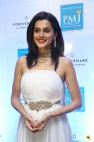 Taapsee Pannu at Forevermark Diamond Collection Launch (11)