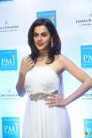 Taapsee Pannu at Forevermark Diamond Collection Launch (7)