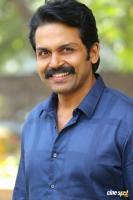 Karthi at Khakee Movie Success Meet (10)