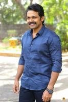 Karthi at Khakee Movie Success Meet (11)