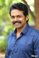 Karthi at Khakee Movie Success Meet (14)