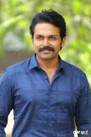 Karthi at Khakee Movie Success Meet (4)