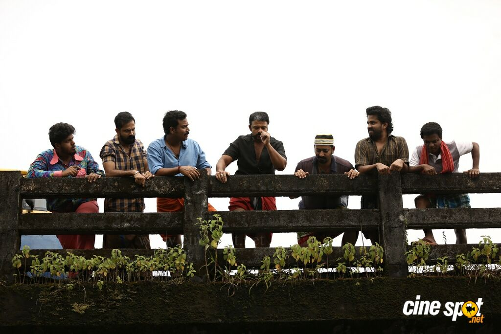 Aadu 2 Movie Stills (2)