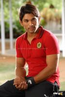 Varudu Movie photos (8)