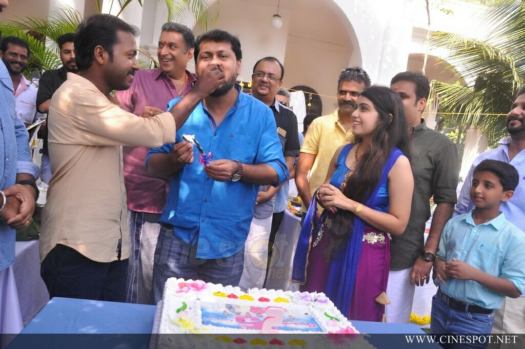 Vikadakumaran Movie Pooja (18)