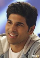 Okka Kshanam Actor Allu Sirish (1)