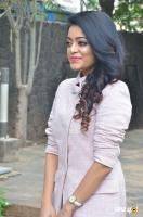 Janani Iyer at Balloon Movie Trailer Launch (3)