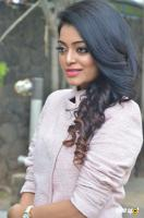 Janani Iyer at Balloon Movie Trailer Launch (6)