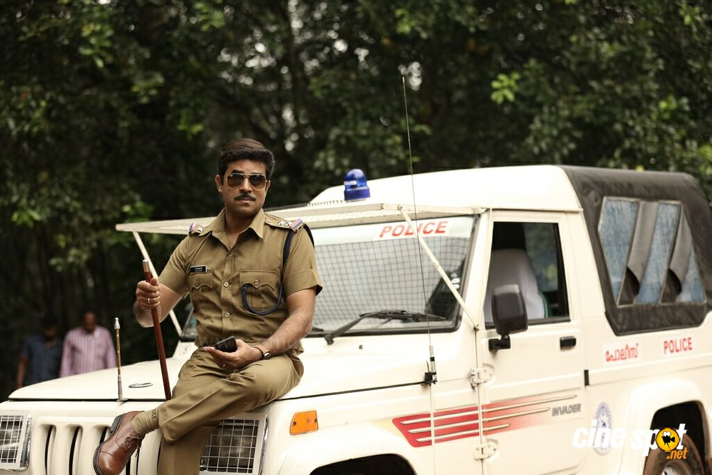 Aadu 2 New Photos (9)
