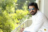 E EE Movie Hero Neeraj Shyam Interview Photos (3)