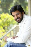 E EE Movie Hero Neeraj Shyam Interview Photos (5)