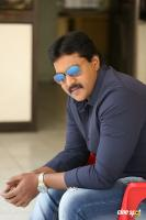 Hero Sunil Latest Interview Photos (11)