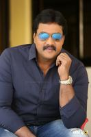 Hero Sunil Latest Interview Photos (8)