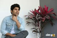 Okka Kshanam Hero Allu Sirish Interview Photos (11)